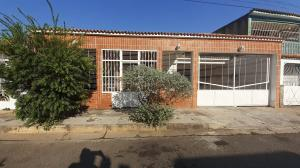 Casa En Ventaen Municipio San Diego, La Esmeralda, Venezuela, VE RAH: 20-10849