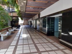 Local Comercial En Alquileren Maracaibo, 5 De Julio, Venezuela, VE RAH: 20-10885