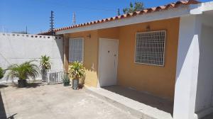 Casa En Ventaen Maracaibo, Maranorte, Venezuela, VE RAH: 20-10972