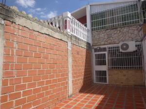 Casa En Ventaen Guatire, El Ingenio, Venezuela, VE RAH: 20-10901