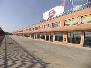 Local Comercial En Alquileren Municipio San Diego, Castillito, Venezuela, VE RAH: 20-10916