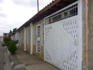 Casa En Ventaen Palo Negro, La Blanquera, Venezuela, VE RAH: 20-10921