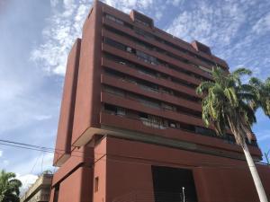 Apartamento En Ventaen Parroquia Caraballeda, Caribe, Venezuela, VE RAH: 20-10980