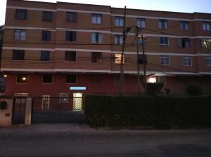 Apartamento En Ventaen San Antonio De Los Altos, Las Polonias Viejas, Venezuela, VE RAH: 20-11376