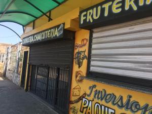 Local Comercial En Ventaen La Concepcion, Via Principal, Venezuela, VE RAH: 20-10988