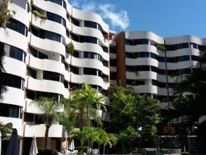 Apartamento En Ventaen Higuerote, Puerto Encantado, Venezuela, VE RAH: 20-11000
