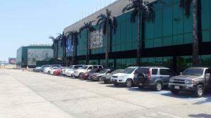 Local Comercial En Ventaen Maracaibo, Fuerzas Armadas, Venezuela, VE RAH: 20-11176