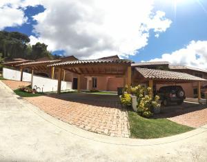 Casa En Ventaen Caracas, Oripoto, Venezuela, VE RAH: 20-11200