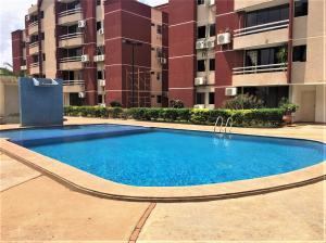 Apartamento En Alquileren El Tigre, Sector Avenida Jesus Subero, Venezuela, VE RAH: 20-11153