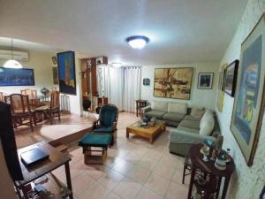 Apartamento En Alquileren Maracaibo, Valle Frio, Venezuela, VE RAH: 20-11156