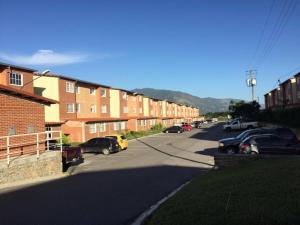 Apartamento En Ventaen Guatire, Alto Grande, Venezuela, VE RAH: 20-11173