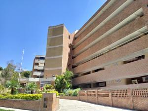 Apartamento En Ventaen Caracas, Lomas Del Sol, Venezuela, VE RAH: 20-11203