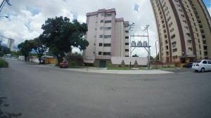 Apartamento En Ventaen Municipio Naguanagua, Casco Central, Venezuela, VE RAH: 20-11261