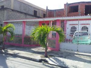 Casa En Ventaen Puerto Cabello, Rancho Grande, Venezuela, VE RAH: 20-11386