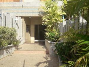 Apartamento En Alquileren Maracaibo, El Milagro, Venezuela, VE RAH: 20-11485