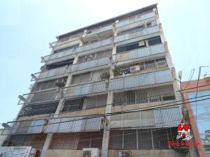 Apartamento En Ventaen Maracay, Zona Centro, Venezuela, VE RAH: 20-11497