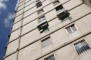 Apartamento En Ventaen Caracas, El Valle, Venezuela, VE RAH: 20-11516