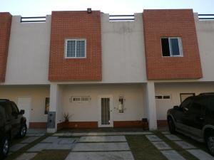 Townhouse En Ventaen Municipio Naguanagua, Manantial, Venezuela, VE RAH: 20-11538