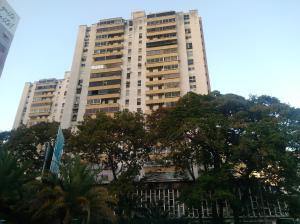 Apartamento En Ventaen Caracas, Los Palos Grandes, Venezuela, VE RAH: 20-11537