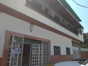 Local Comercial En Alquileren Maracay, La Cooperativa, Venezuela, VE RAH: 20-10825