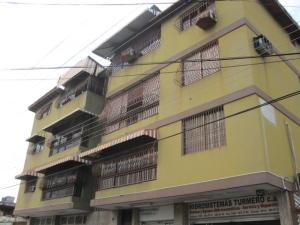Apartamento En Ventaen Turmero, Zona Centro, Venezuela, VE RAH: 20-11554