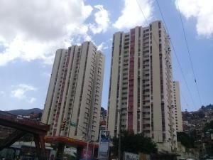 Apartamento En Ventaen Caracas, El Valle, Venezuela, VE RAH: 20-11739