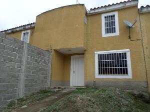 Casa En Ventaen Cua, Villa Falcon, Venezuela, VE RAH: 20-11635