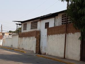 Galpon - Deposito En Alquileren Maracaibo, La Limpia, Venezuela, VE RAH: 20-11660