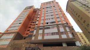 Apartamento En Alquileren Valencia, La Trigaleña, Venezuela, VE RAH: 20-11678