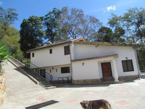 Casa En Ventaen Caracas, Karimao Country, Venezuela, VE RAH: 20-11686