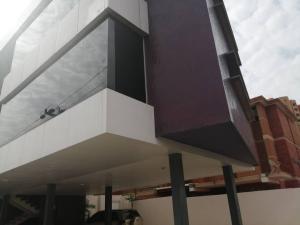 Local Comercial En Ventaen Maracaibo, Bellas Artes, Venezuela, VE RAH: 20-12266