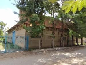 Galpon - Deposito En Ventaen Santa Lucia, Santa Lucia, Venezuela, VE RAH: 20-12843