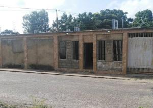 Casa En Ventaen El Tigre, Pueblo Nuevo Norte, Venezuela, VE RAH: 20-11725