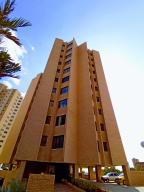 Apartamento En Ventaen Maracaibo, La Lago, Venezuela, VE RAH: 20-11760
