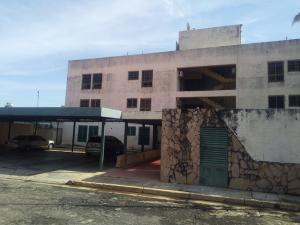 Apartamento En Ventaen Valencia, Terrazas De Los Nisperos, Venezuela, VE RAH: 20-11792