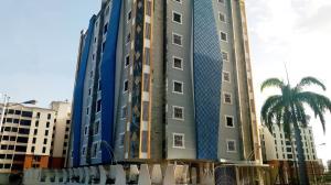 Apartamento En Ventaen Maracay, Los Chaguaramos, Venezuela, VE RAH: 20-11797