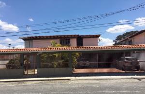 Casa En Ventaen Caracas, Miranda, Venezuela, VE RAH: 20-11856