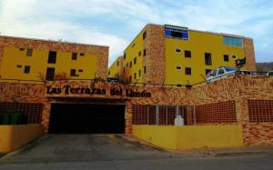 Apartamento En Ventaen Maracay, El Limon, Venezuela, VE RAH: 20-11859