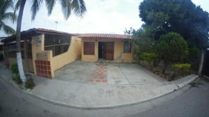 Casa En Ventaen Barquisimeto, Parroquia El Cuji, Venezuela, VE RAH: 20-11898