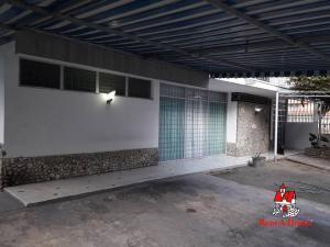 Casa En Ventaen Maracay, La Soledad, Venezuela, VE RAH: 20-11924