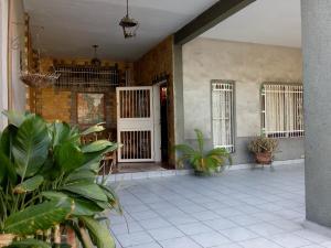 Casa En Ventaen Maracay, San Ignacio, Venezuela, VE RAH: 20-11979