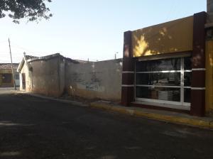 Local Comercial En Ventaen Coro, Centro, Venezuela, VE RAH: 20-12009