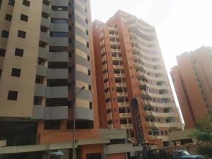 Apartamento En Ventaen Valencia, La Trigaleña, Venezuela, VE RAH: 20-12064