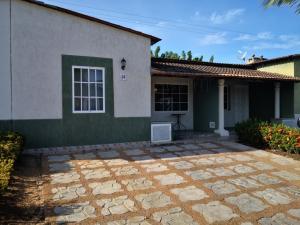 Casa En Ventaen Margarita, Sector Agua De Vaca, Venezuela, VE RAH: 20-15634