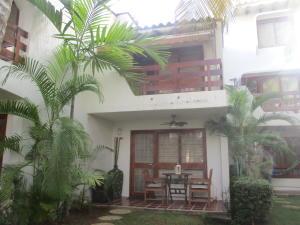 Apartamento En Ventaen Margarita, Maneiro, Venezuela, VE RAH: 20-12230