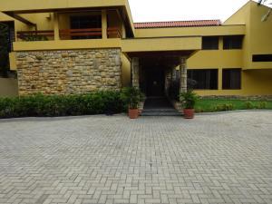Casa En Ventaen Caracas, La Lagunita Country Club, Venezuela, VE RAH: 20-12268