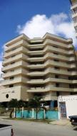 Apartamento En Ventaen Higuerote, Puerto Encantado, Venezuela, VE RAH: 20-12390