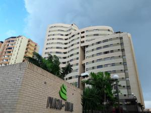 Apartamento En Ventaen Municipio Naguanagua, Palma Real, Venezuela, VE RAH: 20-12415