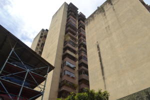 Apartamento En Ventaen Caracas, Parroquia Santa Rosalia, Venezuela, VE RAH: 20-12439