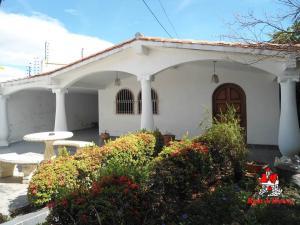 Casa En Ventaen Cagua, Corinsa, Venezuela, VE RAH: 20-12440